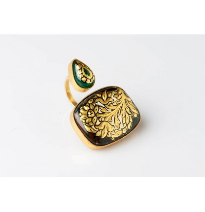 Dual Finger Ring- Gold Embossed